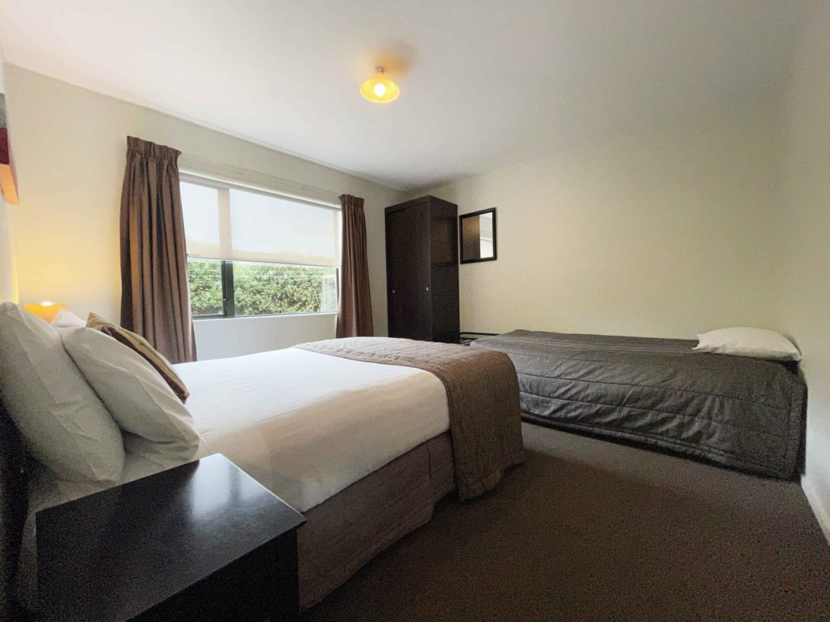 Darfield Motel CANTERBURY the best motel for skiers and adventure people or chill out on a romantic getaway as a couple for that special occasion or anniversay
